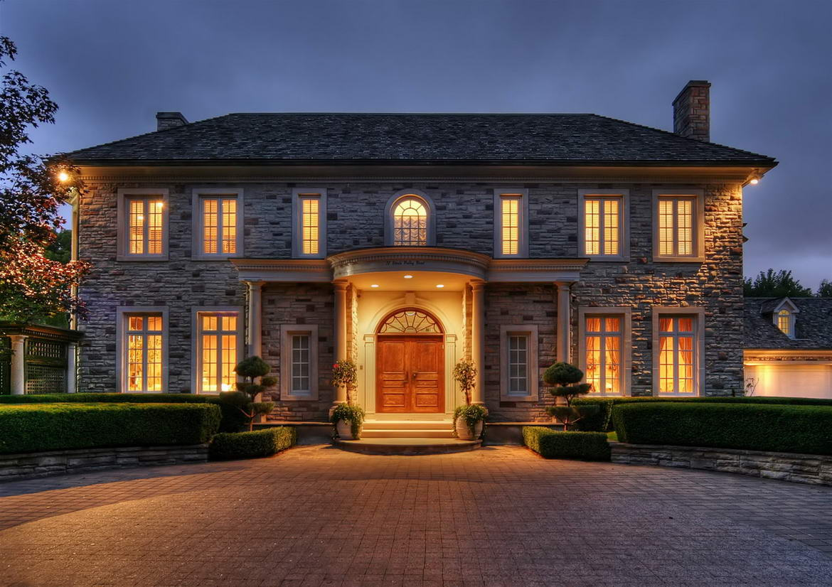 Night Photography – Real Estate Photos, Marketing, Feature