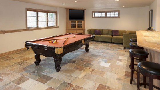Basement-with-Stone-Floor-171577549-56a4a0d05f9b58b7d0d7e4ae